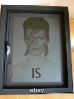 David Bowie V&A Black Edition with Signed Photo Limited Edition Book 971/1000