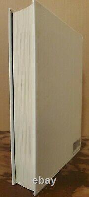 SIGNED Jurassic Park MICHAEL CRICHTON Hardcover Book DJ Gift Edition ILLUSTRATED